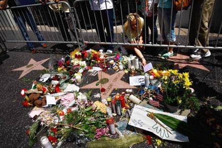 Svet obeležava godišnjicu smrti Majkla Džeksona