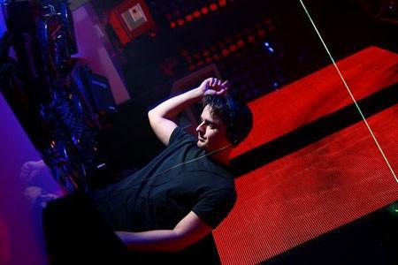 DJ Paolo Mojo (UK)