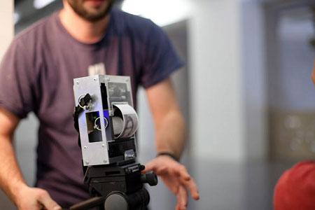"""""""Electronic Instant Photo Safari"""" with Niklas Roy"""