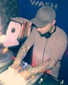 Njujorški DJ Levon Vincent u klubu The Tube