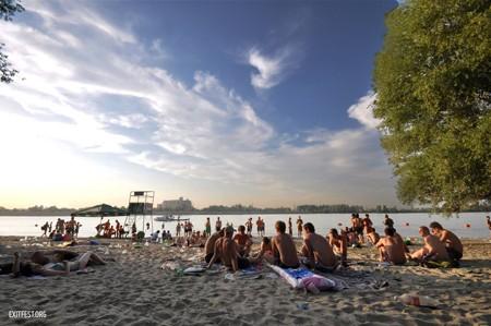 Slavlje i na plaži - EXIT kamp