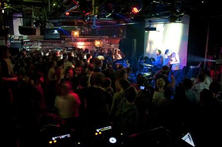 Live-electro bend iz Beča u KC Gradu