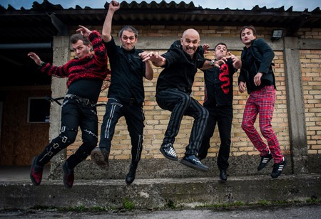 Pank-rok spektakl u Magacinu Depo