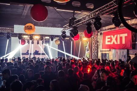 Više hiljada fanova proslavilo titulu EXIT-a!